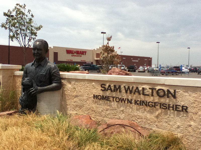 sam walton statue